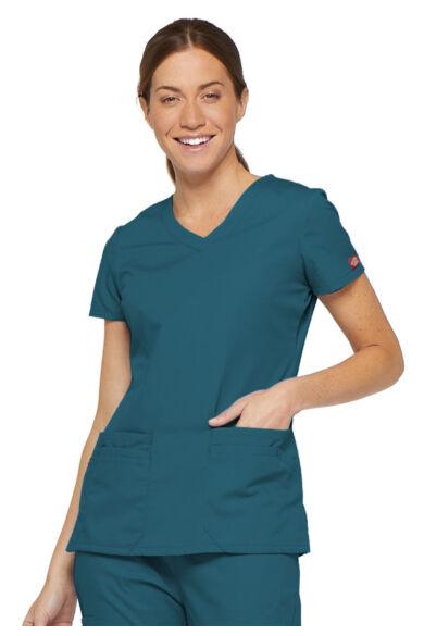 V-nyakú Női Egészségügyi Felső  - Fehér